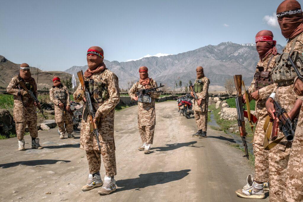 ทหารใส่รองเท้า Taliban Afghan