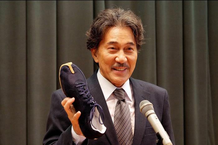 Mizuno CEO shows rikuoh-shoes
